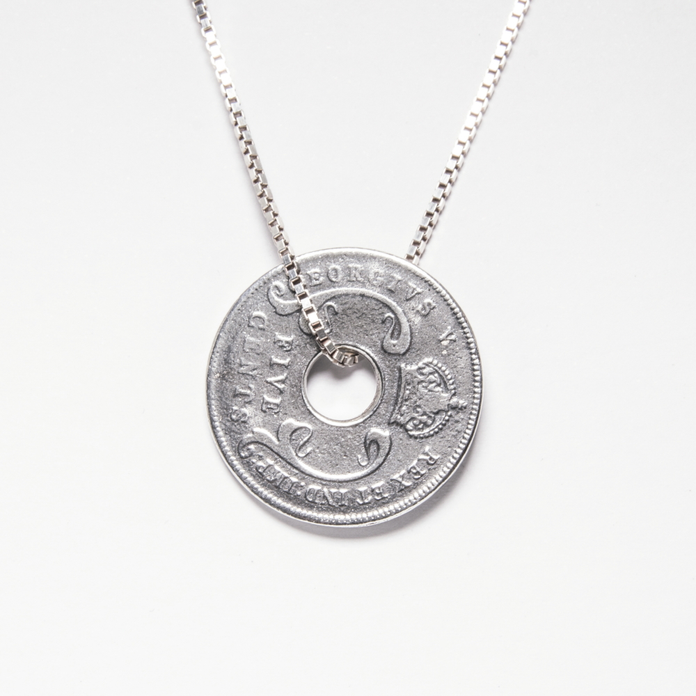 Coin Pendant Necklace in Sterling Silver